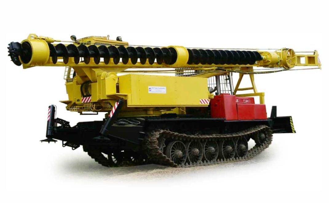 Особенности бурильно-сваебойной машины БМ 831